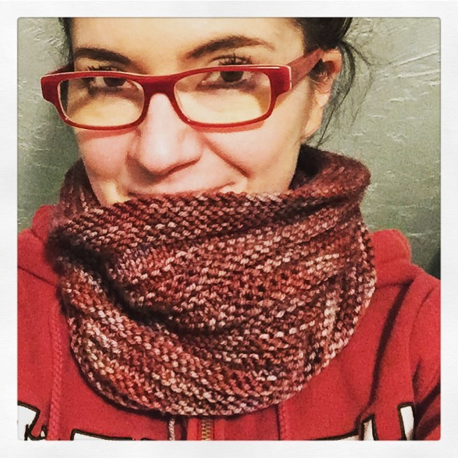 present cowl knitted by jessica spiegel